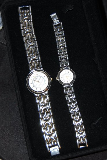 Charles Deleon His & Hers Stainless Steel Watch Set Pre-Owned