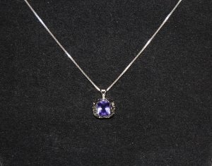 .925 Sterling Silver Amethyst Pendant & .925 Chain