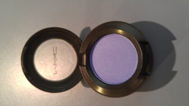 MAC Eye Shadow - Heroine (Satin) - BNIB