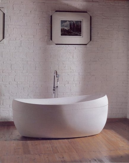 Munich modern free standing bathtub faucet large bath tubs for How big is a bathtub