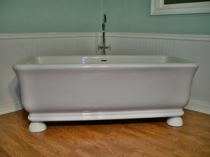 Jovin Free Standing Pedestal Unique Designer Bathtub Clawfoot Tub