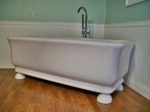 M-44B Free Standing Pedestal Unique Designer Bathtub clawfoot tub