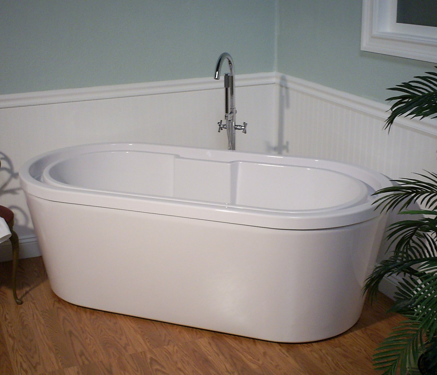 M 210 contemporary over flowing deep soaking free standing for Tub over old tub