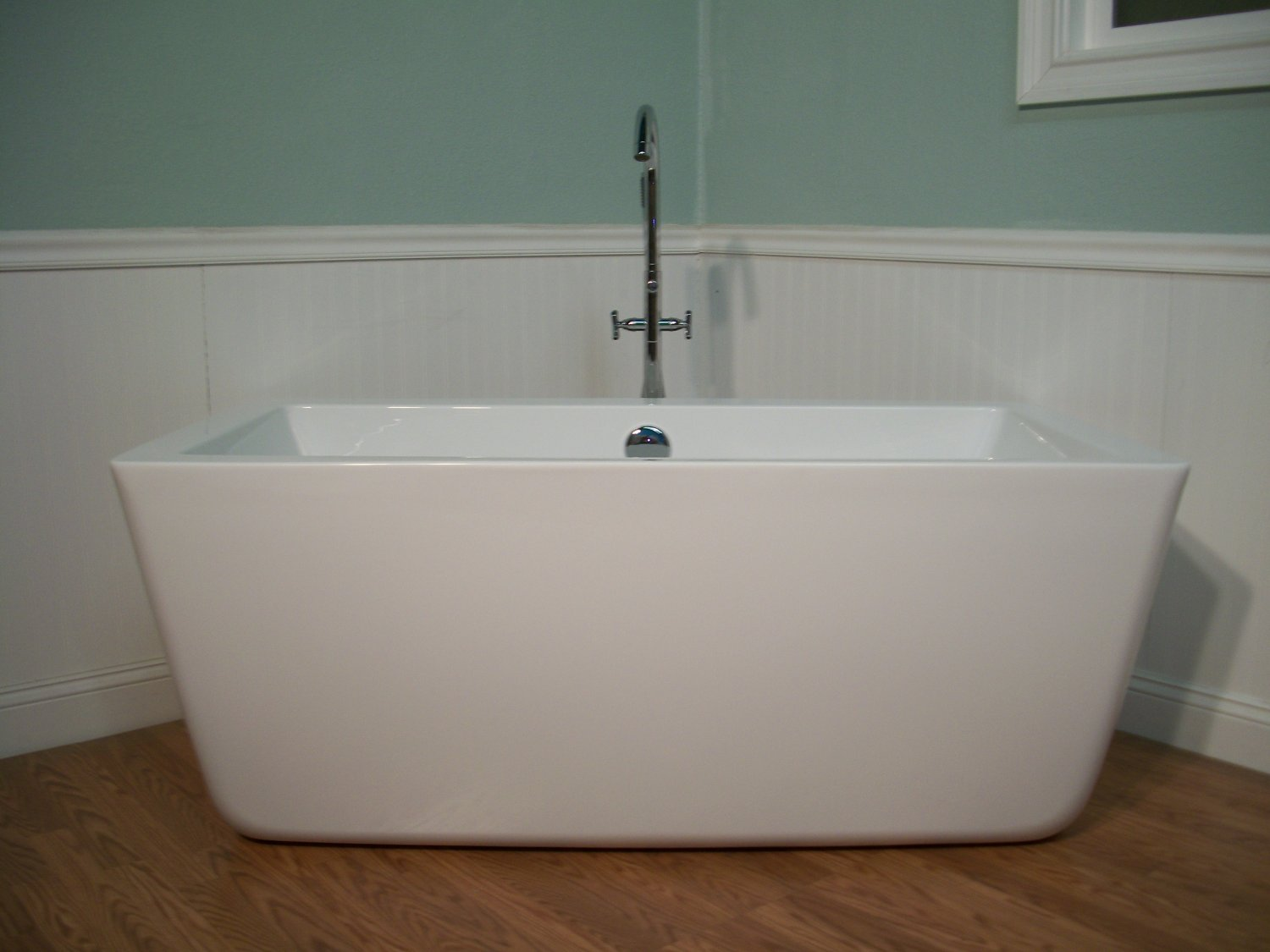 "Bathtub Won T Drain Standing Water: 59"" Modern Free Standing Bathtub With Faucet And Drain"