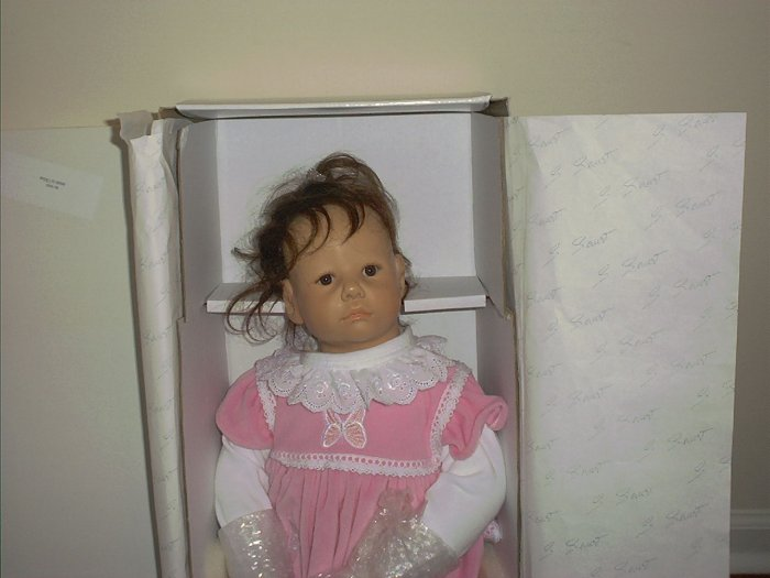 SYBILLE SAUER LILLY Brunette Resin Doll LE#65/70 RARE