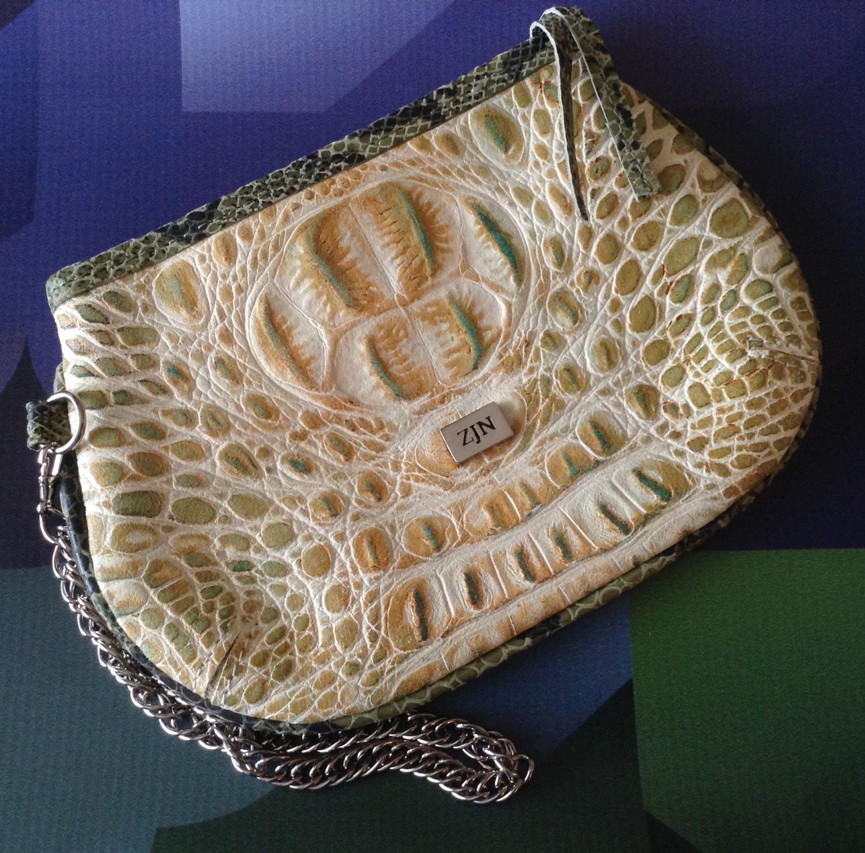 Little croco purse