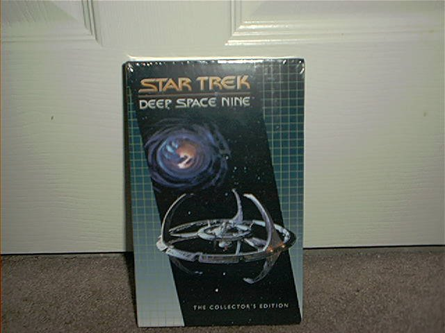 STAR TREK ~DEEP SPACE NINE~ THE COLLECTOR'S EDITION~ VHS BRAND NEW!