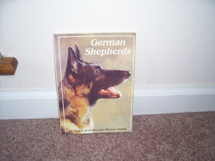 GERMAN SHEPHERDS BOOK +16 PGS OF FULL COLOR PHOTOS!