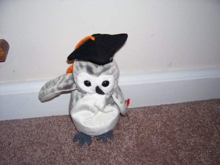TY WISER Class of '99 GRADUATION OWL Beanie Baby MINT WITH TAG! From 1999 RETIRED!