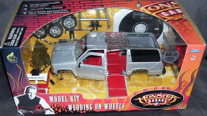 Monster Garage WEDDING ON WHEELS Diecast Model Kit NEW! 1:24 SCALE w/DVD