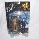 The X-Files AGENT SCULLY Figure with ALIEN & Pod Chamber NEW! 1998