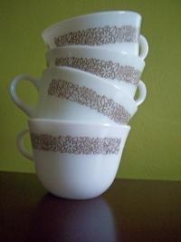 Set of 4 Woodland Brown Round-Bottom Mugs Pyrex