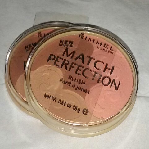 Rimmel Match Perfection blush palette 004 Medium Dark Matte