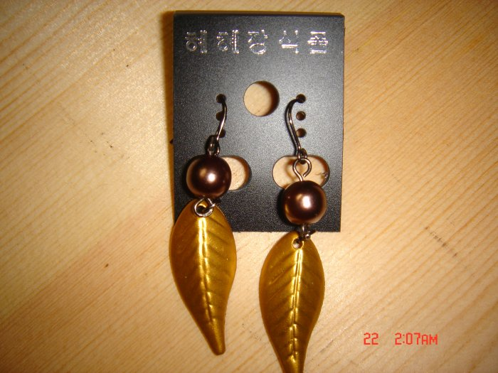 Fashion Handmade Gold Leave with Faux Pearl Earrings ON SALE 2009**FREE SHIP