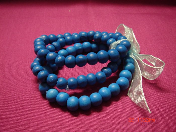 Latest Fashion 3 Wood Bead Bracelets on Ribbon set ON SALE 2009**