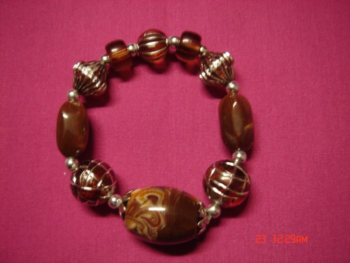 Real Almond Marble and Acrylic Bead Stretch Bracelet*