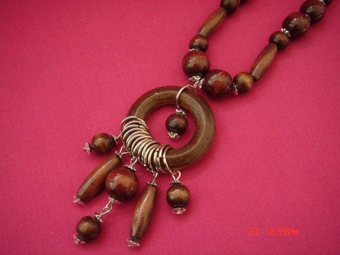 Gift Set Monaco Circle Wood Bead Necklace**FREE snowflake paper Gift Bag