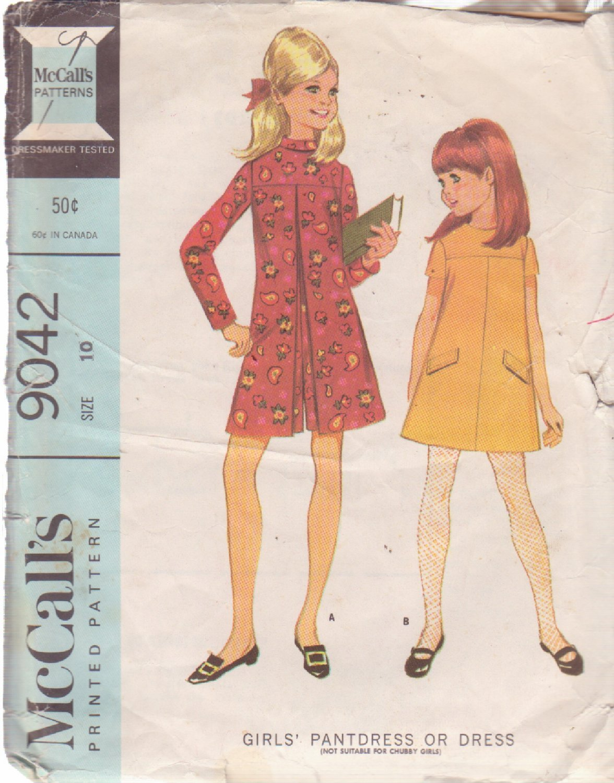 McCALL'S VINTAGE PATTERN 9042 CHILD'S DRESS OR PANTDRESS SIZE 10