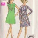 Simplicity pattern 8181, dated 1969, Size 14 Misses' Dress in 2 Variations
