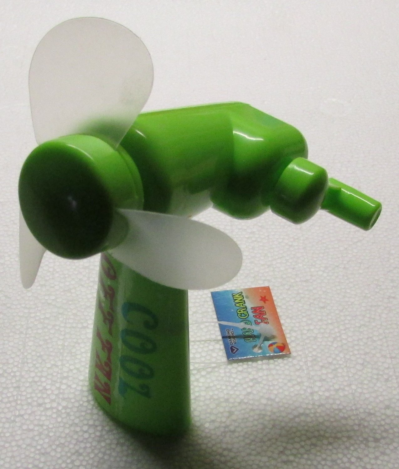Cool Off Green Hand Crank FAN by Diamond Visions NEW