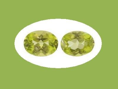 Pair of Oval Cut Peridot 7x5 mm Loose Gemstones