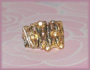 Vintage Bamboo Theme Fashion Costume Ring Gold Tone Size 7