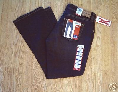 LEVIS LOW RISE BOOTCUT STRETCH JEANS-8-33 x 32- NWT NEW