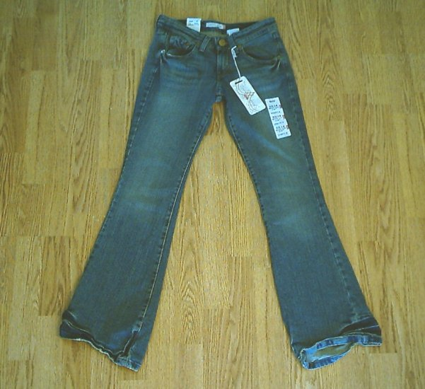 LEVIS 518 SUPERLOW BOOTCUT STRETCH JEANS-0-28 X 32-NWT