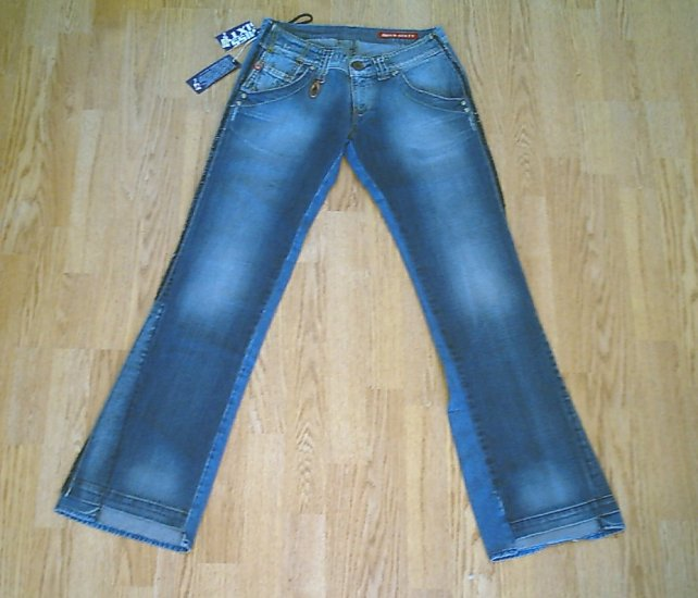 MISS SIXTY LOW RISE CRIMSON JEANS- 30 X 34-TAG 26-NWT