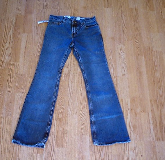 OLD NAVY JUST BELOW WAIST BOOTCUT JEANS-1-28 X 32-NWT