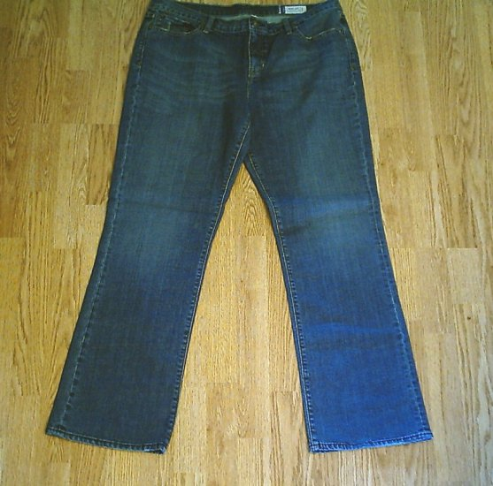 GAP BOOTCUT STRETCH JEANS-SIZE 18 REGULAR-41 x 32-NWT
