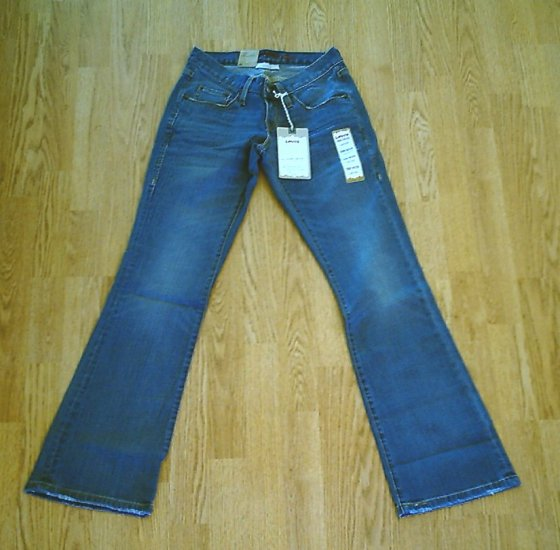 LEVIS LOW CURVY BOOT STRETCH JEANS-SIZE 0-28 X 32-NWT Retail $68