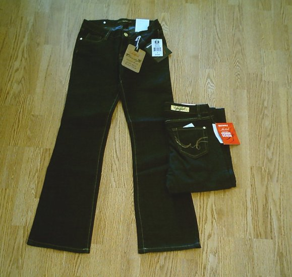 SOUTHPOLE LOW RISE BOOTCUT STRETCH JEANS-5-29 x 33-NWT