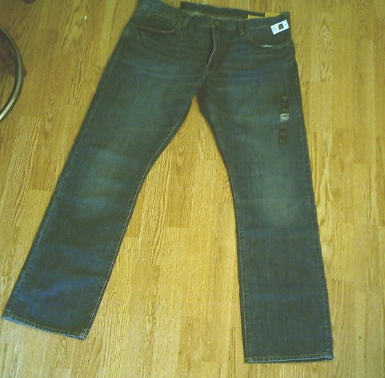 GAP MENS LOW RISE STRAIGHT FIT JEANS-SIZE 36 X 34-NWT