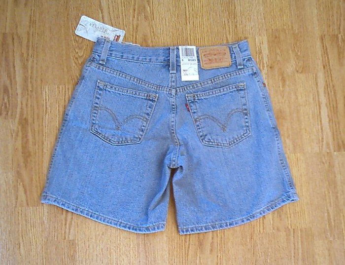 LEVIS JEANS 550 RELAXED DENIM SHORTS-SIZE 6-29 x 7-NWT