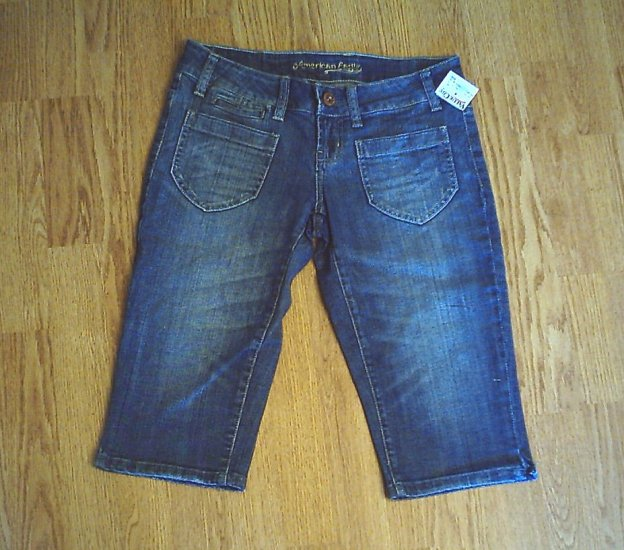 AMERICAN EAGLE JEANS LOW RISE CAPRIS-SIZE 4-30/15.5-NWT