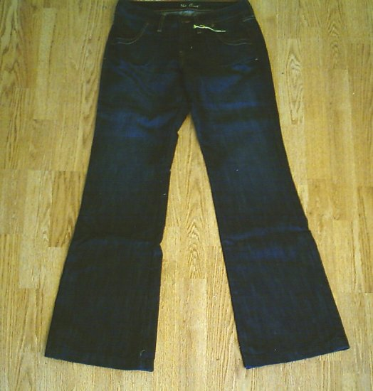 OLD NAVY MIDRISE FLARE JEANS-SIZE 2-30 x 33-NWT