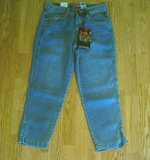 LEVIS JEANS RED TAB CAPRIS CROP PANT-SIZE 6-28 X 25-NWT