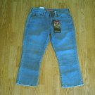 LEVIS JEANS RED TAB CAPRIS CROP PANT-SIZE 4-31 x 23-NWT