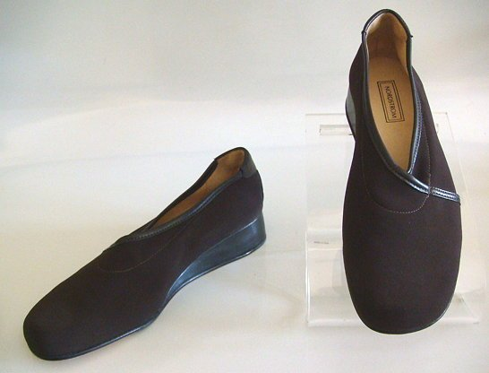 NORDSTROM Brown Wedge Shoes~Taryn Rose~New 7 M/6.5~NEW!