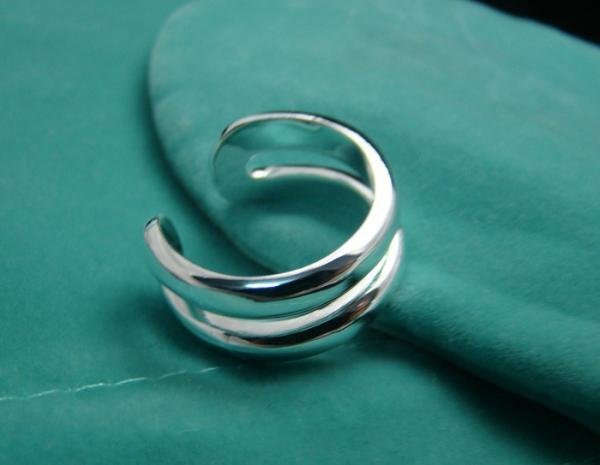 FREE P&P! 925 STERLING SILVER PARALLEL 8 Q RING #23