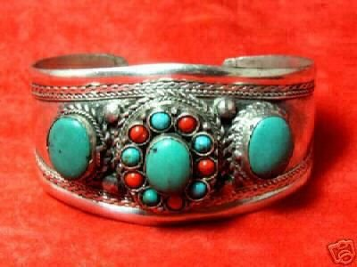 Exquisite tibet silver turquoise & red coral bracelet