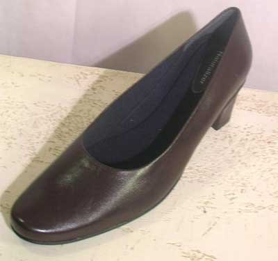 Chocolate Brown Naturalizer Pumps Sz 12