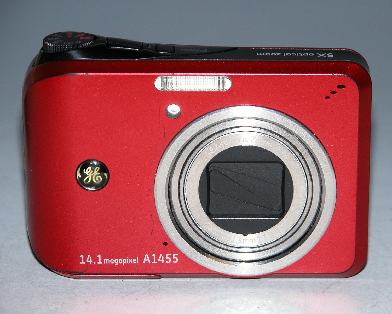 GE Smart Series A1455 14.1MP Digital Camera - Red