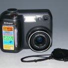 Nikon COOLPIX 885 3.2MP Digital Camera - Black #8494