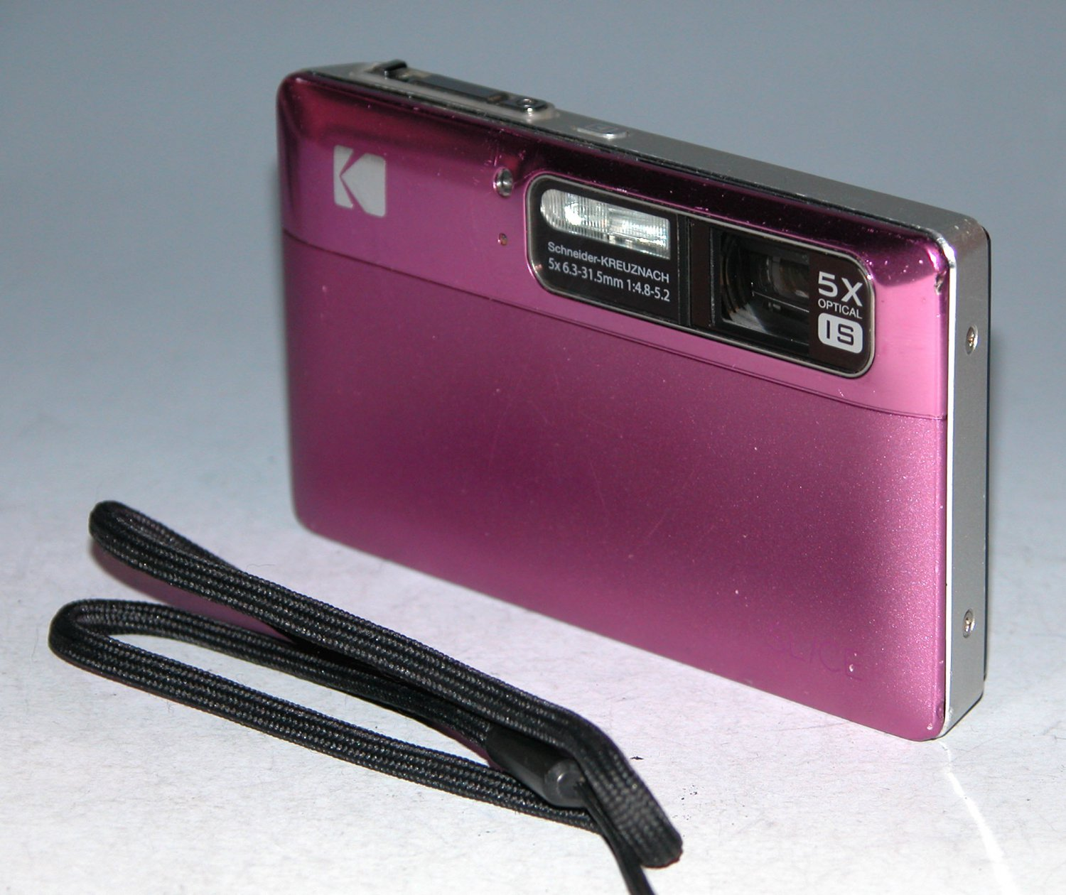 Kodak EasyShare SLICE R502 14.0MP Digital Camera - Radish #2304