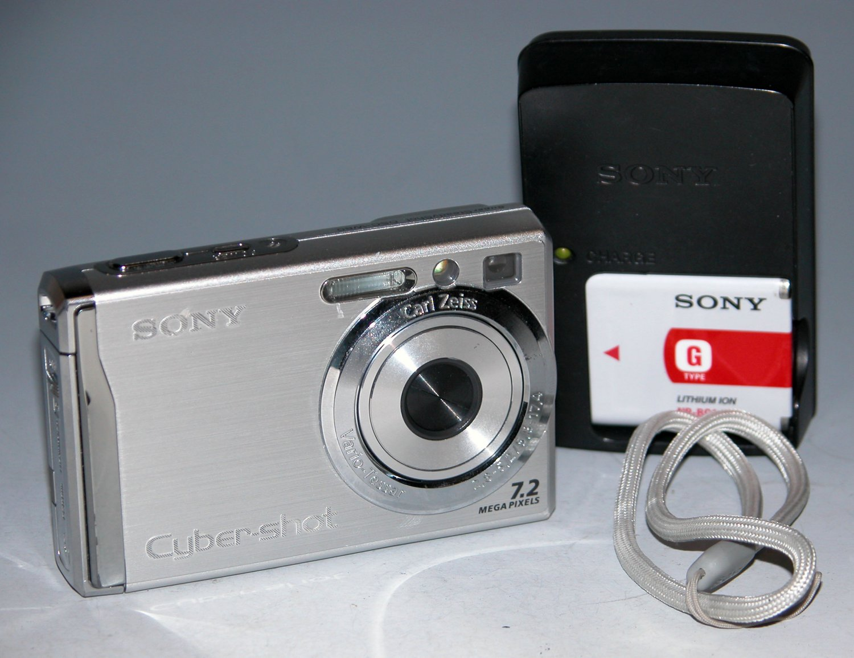 Sony Cyber-shot DSC-W80 7.2MP Digital Camera - Silver #0662
