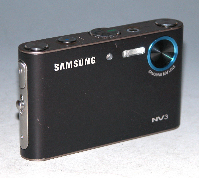Samsung NV3 7.2MP Digital Camera - Black #3203