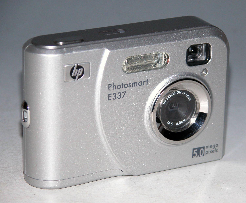 HP PhotoSmart E337 5.0MP Digital Camera - Silver  #30KF