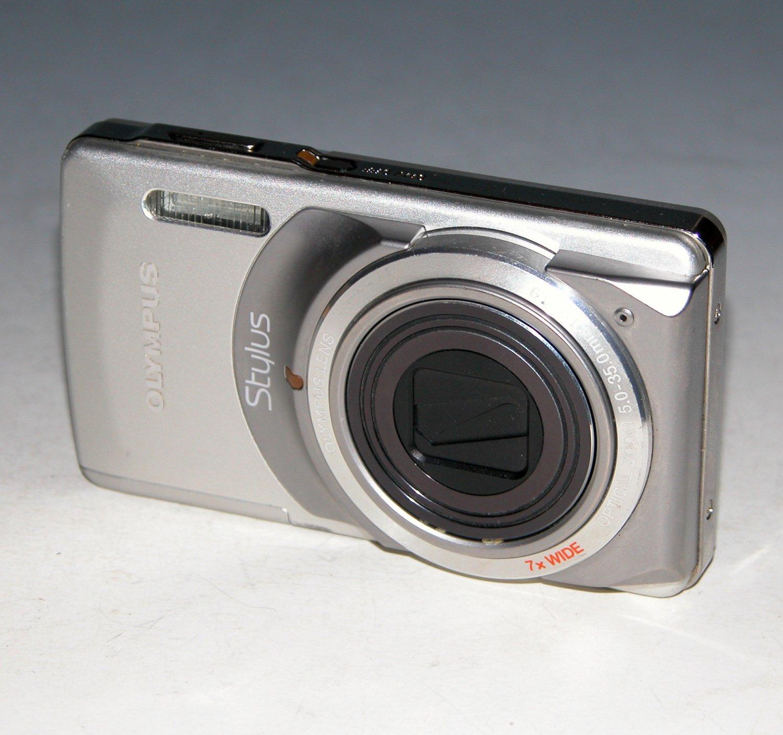 Olympus Stylus 7010 12.0MP Digital Camera - Silver #8222